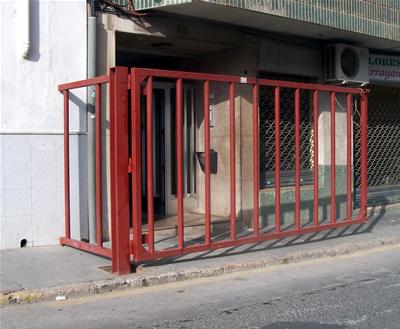 Las barreras ya están colocadas en Chiva